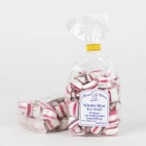 Schoko-Mint-Kissen mit Kakaofüllung, traditionell rot weiß gestreift