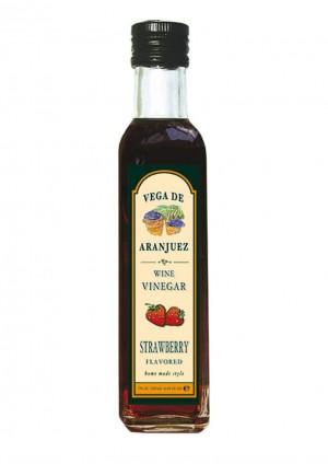 Aroma-Essig mit Erdbeere aromatisiert