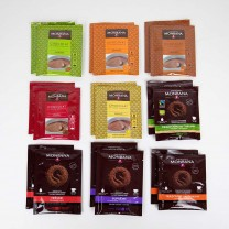 MONBANA - 18 x Trinkschokolade Sachets (9 Sorten, je 2 Sachets)