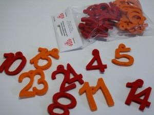 Adventskalenderzahlen aus Filz - 4,5 cm - rot/orange