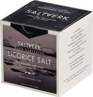 SALTVERK LAKRITZSALZ in Pappschachtel, flaky sea salt with liquorice